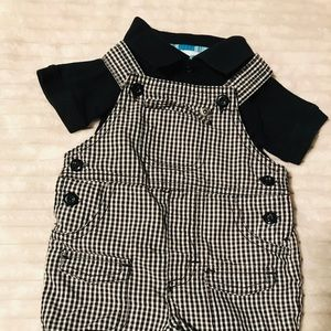Other - KZ boys black polo and plaid short overalls